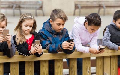 Dialing Back Social Media Usage